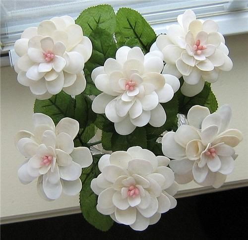 Best 25 shell flowers ideas only on pinterest mussel - Shell decorations how to make ...