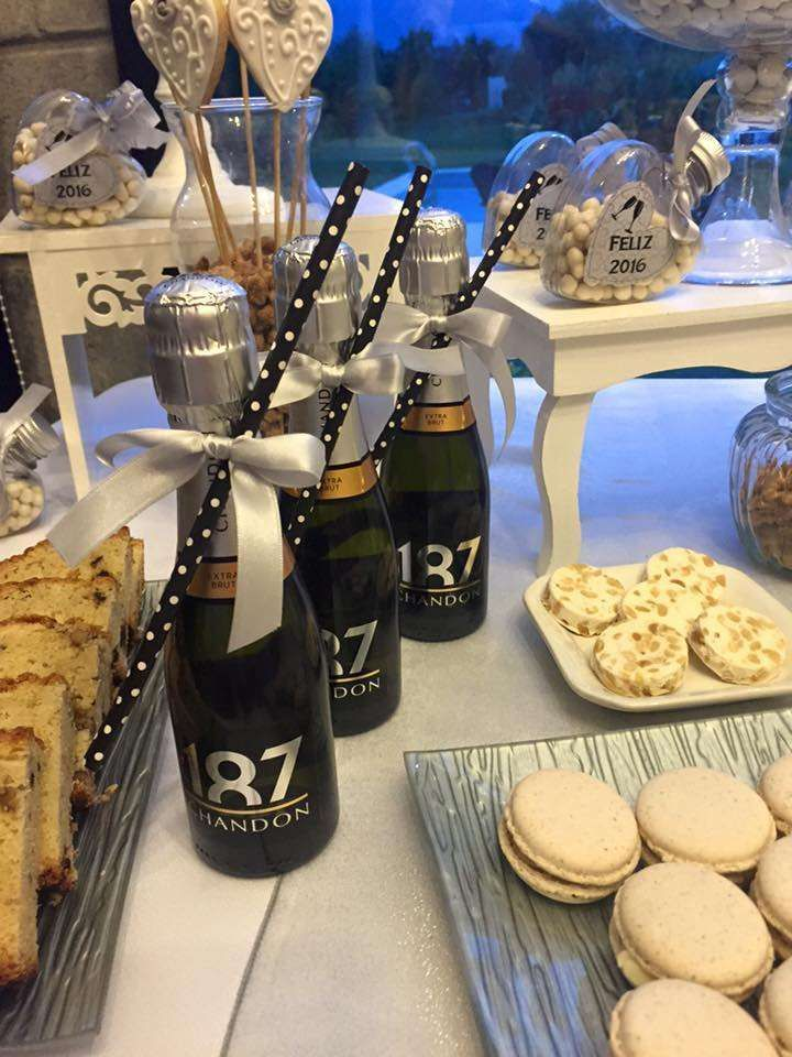 Drink favors at a New Year's party! See more party ideas at CatchMyParty.com!