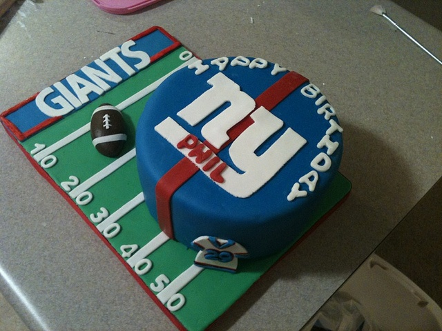 NY Giants Birthday Cake!