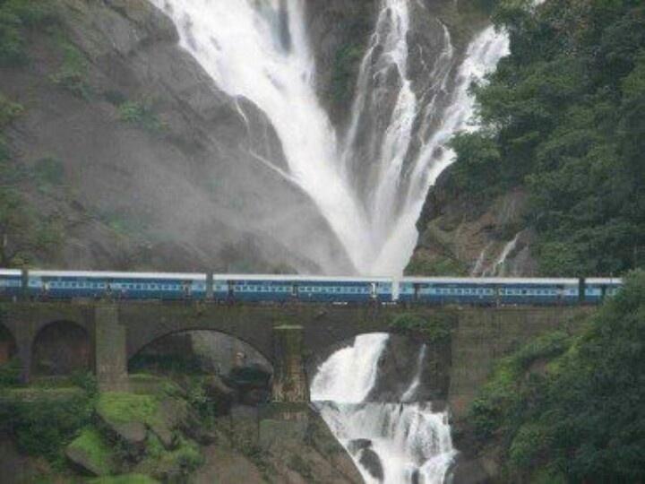 Dudhsagar Falls Is A Beautiful Waterfall Located On The Mandovi River Near Goa Karnataka Border Literally Means Sea Of Milk