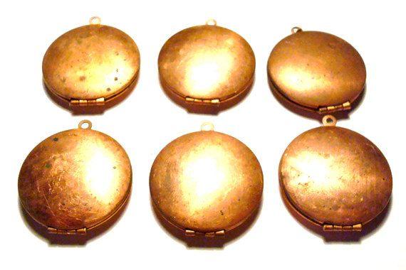 6- Vintage Copper Tone 30mm Plain Surface Round Domed Lockets-g1746. $4.99, via Etsy.