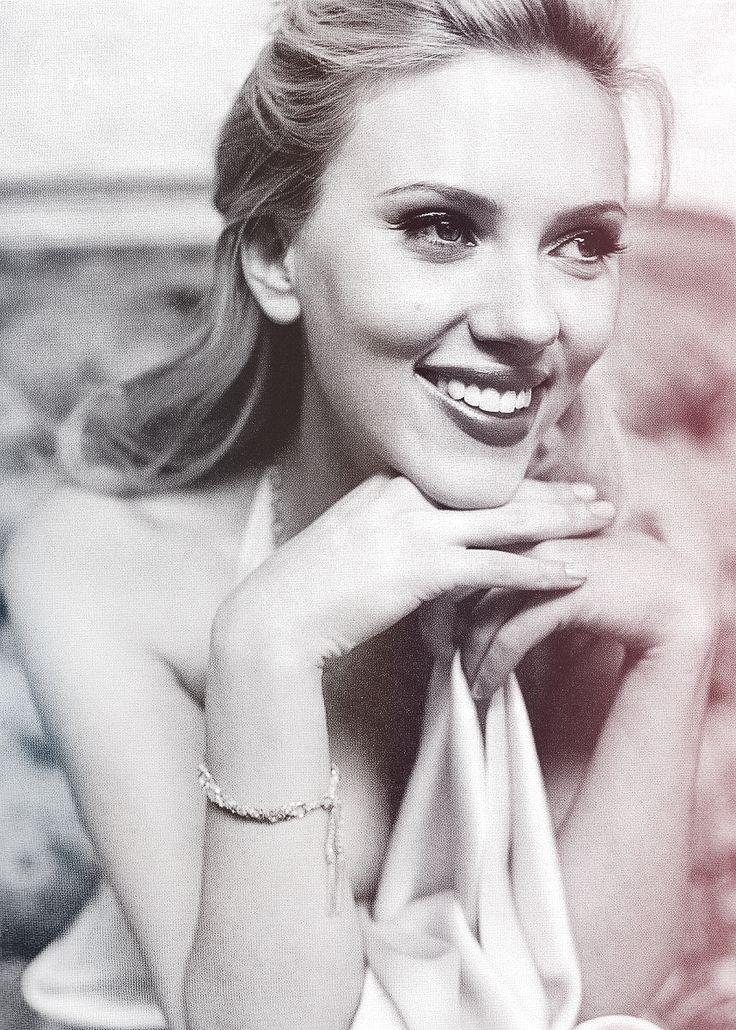 Scarlett Johansson vs judy garland lookalike. love from your Family. Christmas here.