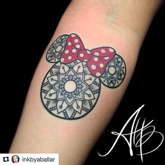 386 best drawing inspiration images on pinterest mandala tattoo mickey mouse tattoos and. Black Bedroom Furniture Sets. Home Design Ideas