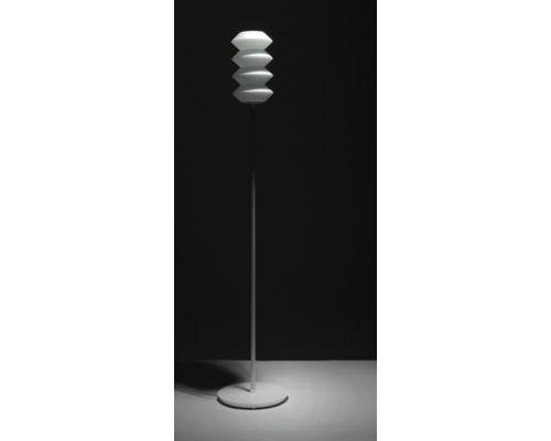 Lampa podłogowa Zubata http://esencjadesign.pl/oswietlenie/1701-zubata-floor.html