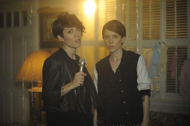 Tegan and Sara - Closer (Official Music Video).  www.thewellset.com