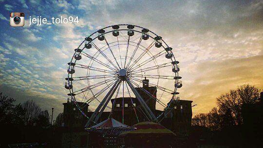 Oggi ripostiamo: @jejje_tolo94- Selezionatore: @j_drake_b - Admin: @skynet70 - hashtag #igersferrara Luogo: Cento (Tramonto sul Carnevale) ______ #igersferrara #igersemiliaromagna #igersitalia #turismoer #cento #carnevaledicento #myferrara #visitferrara #ferrara #turismoferrara #comunediferrara #provinciaferrara