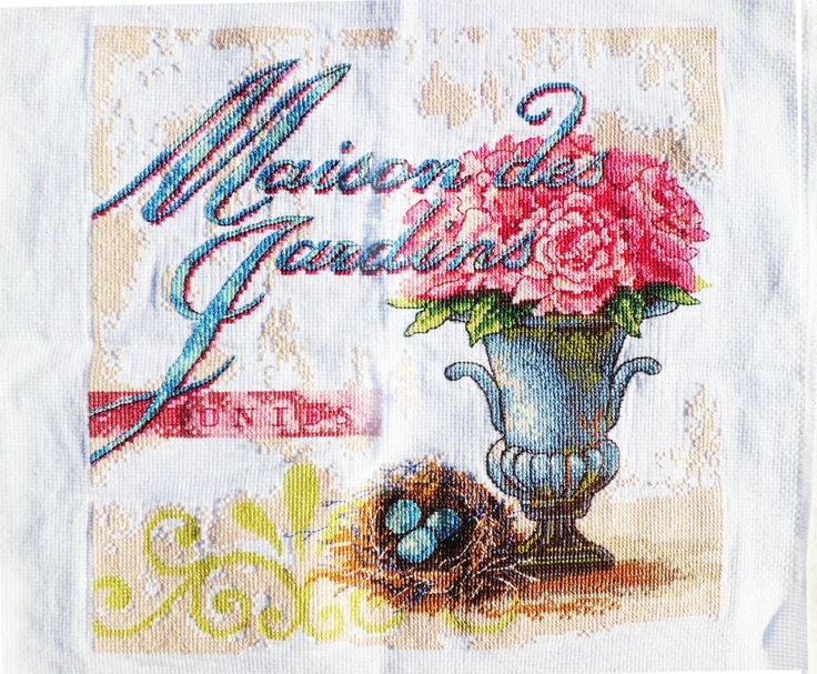 New Completed/Finished Cross Stitch Classical Vase Image Size:12.9*12.9inch