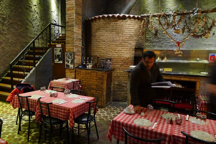 Da Paolo, classic Italian in Soho. Special offer: Dinner: 2 courses & a glass of prosecco for £24.95