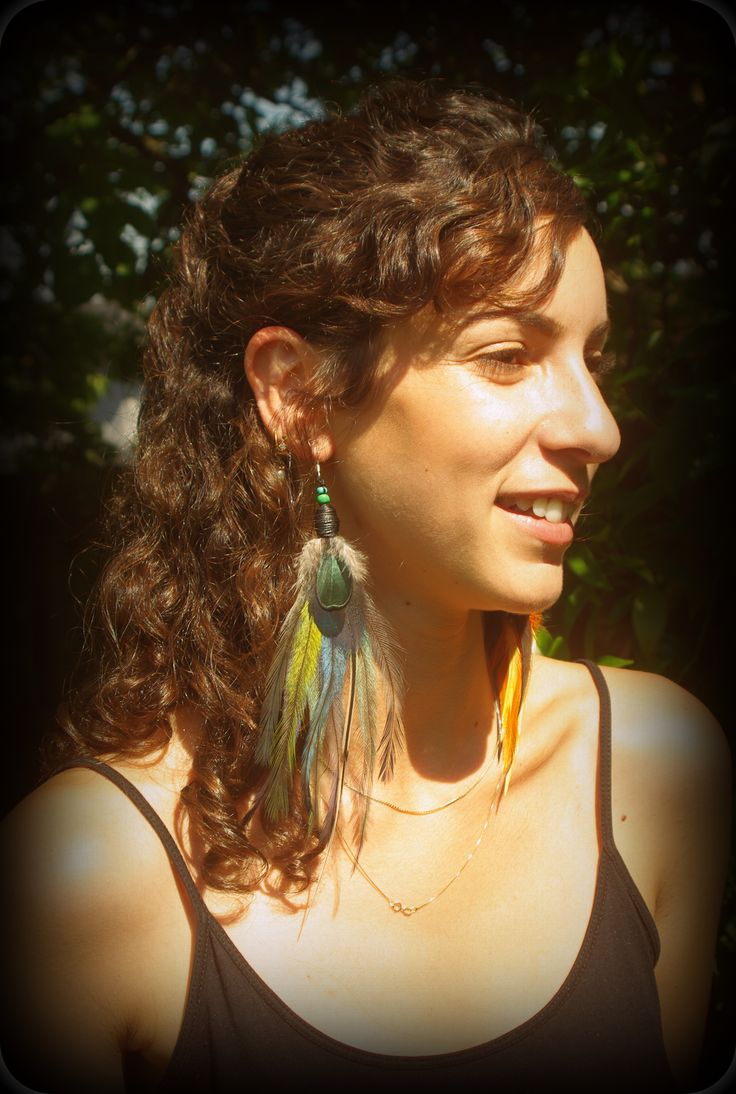 Single feather earring with naturally shed feathers