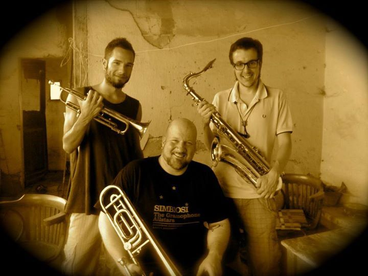 5 years ago - the horn recordings for the now legendary Piping Hot album of Dr. Ring Ding Ska-Vaganza!