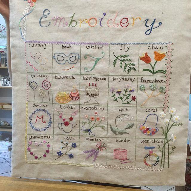 #embroidery #stitch #needlework #frenchembroidery #stitchbook#stitchsampler #자수 프랑스자구 #일산프랑스자수 #스티치샘플러 #스티치북 #수강생작품 #자수타그램✂️