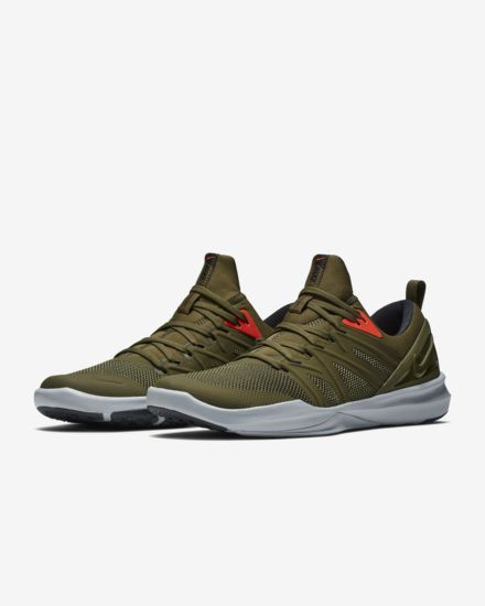 a80fb0fd3d05 Nike Men s Training Shoe Victory Elite Trainer in 2019
