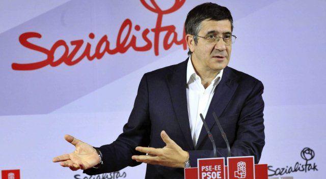 Patxi López sigue a Rubalcaba y convoca un congreso extraordinario del PSE | Política | EL PAÍS