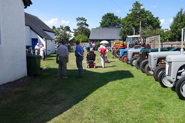 Tractor field