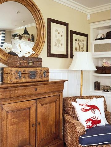 Nautical DecorSeaside Style, Decor Ideas, Beach House, Spare Bedrooms, Nautical Bedrooms, Living Room, Lobsters Pillows, Nautical Theme, Vintage Suitcas