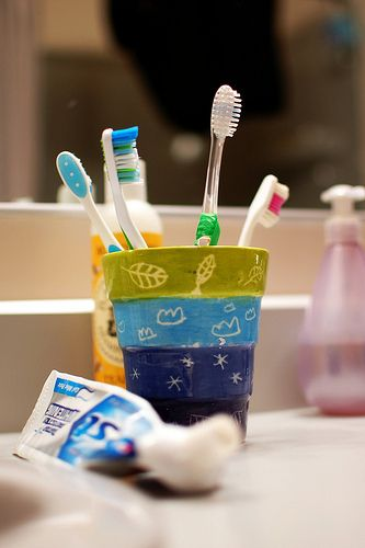 http://preschoollessonplans.info/581/more-dental-health-lessons/