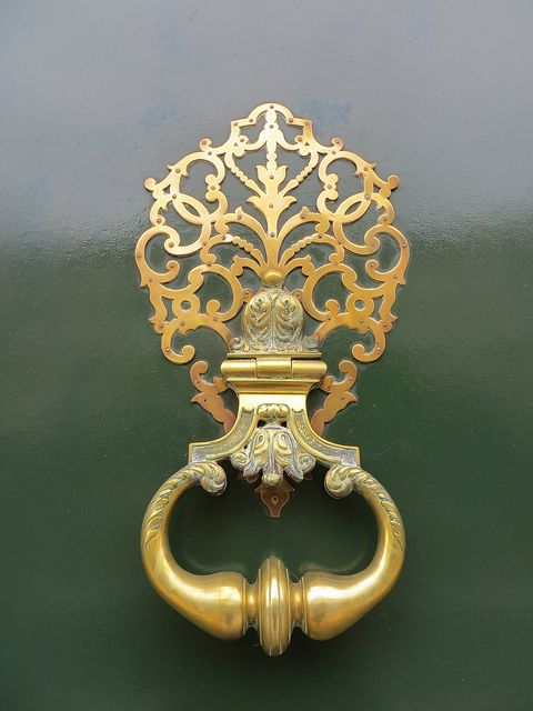 Ornate Door Knocker \ Bordeaux