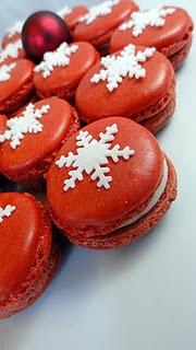 Velvety Christmas Macarons