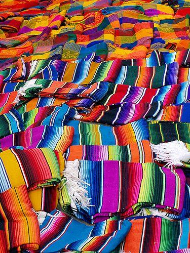 Colores mexicanos by jrubioruiz, via Flickr
