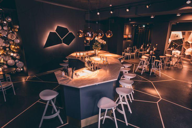In den Räumen der ehemaligen Registratur hat eine Pop-Up-Bar ihre Türen geöffnet. Im Perlwerk spielt Schaumwein die flüssige Hauptrolle.
