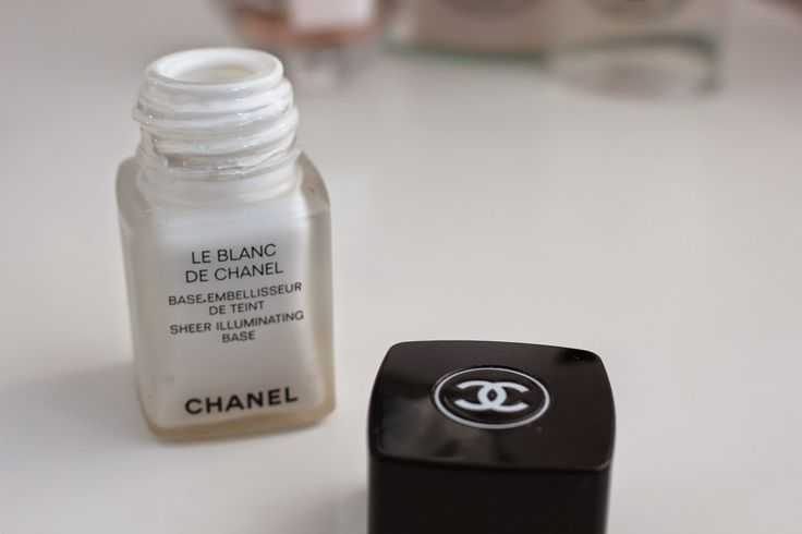 Go for the Glow ~ Chloe Perkins Chanel le Blanc de Chanel