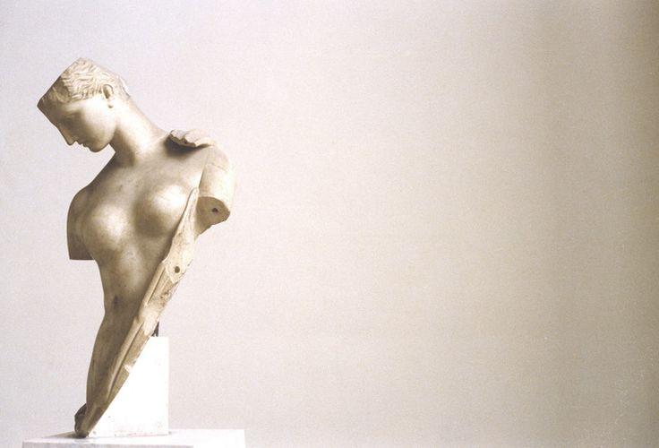 Luigi Ghirrititolo: Napoli, 1980serie:Paesaggio Italianodimensioni: 60 x 80 cmtiratura: 4/5 -5/5tecnica di stampa: cromogenicadimensioni: 40x50 cmtiratura 10/10*