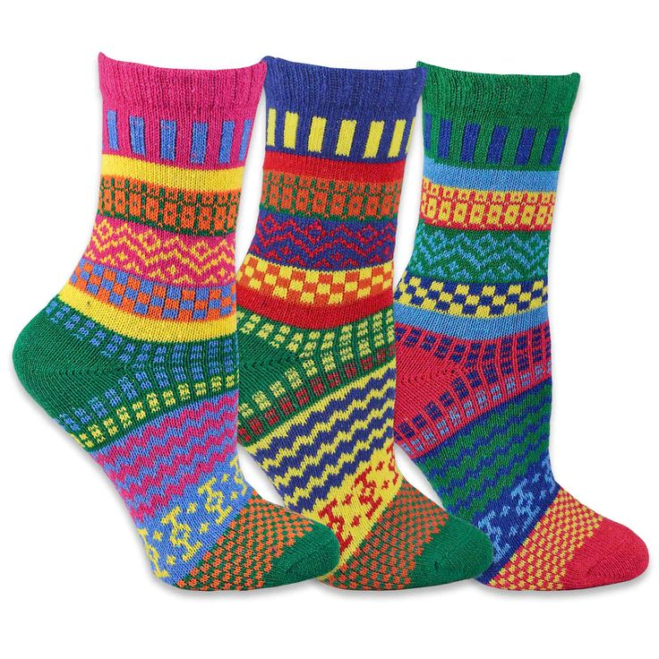 TeeHee Women's Winter Fun -colored Crew Socks