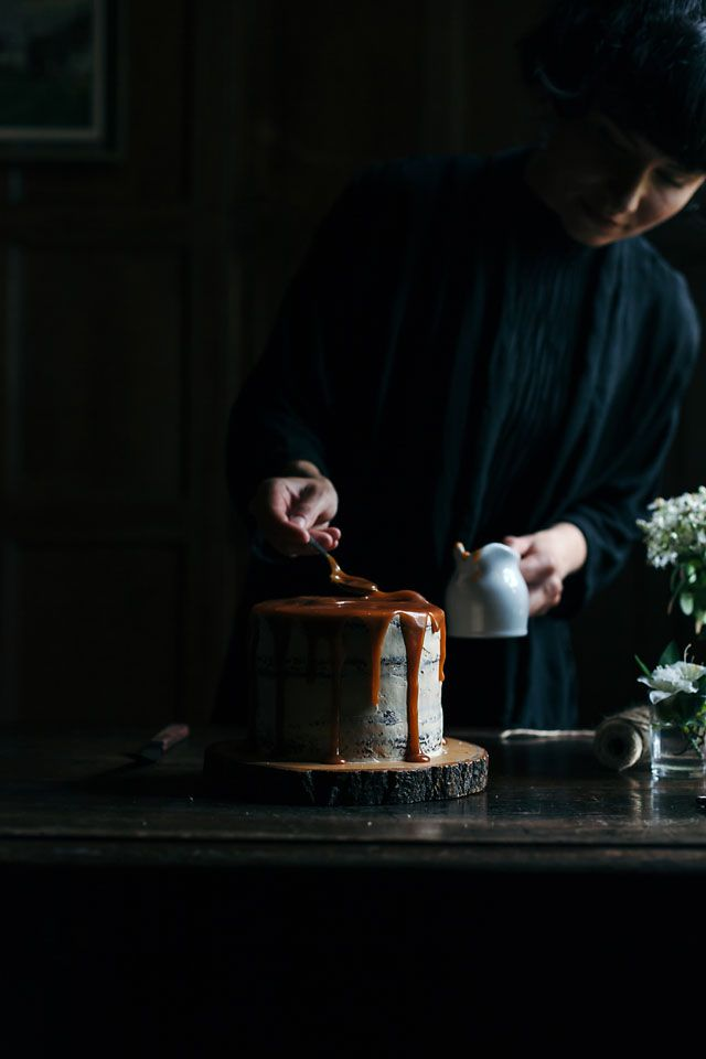 Dark moody food - FOOD PHOTOGRAPHY / VISUAL STORYTELLING WORKSHOP IN BEAUTIFUL SOUTH OF ENGLAND - hands