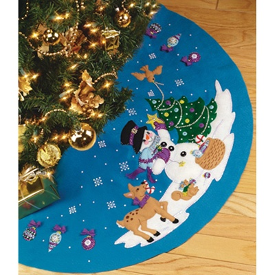 Felt Tree Skirt Kit - Frostys Favorite Ornament Applique