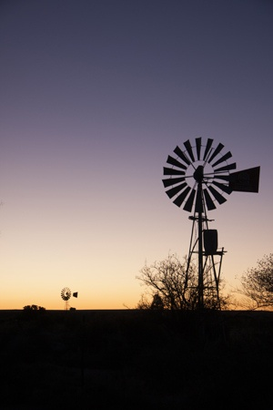 A typical Karoo Sunsest     #VisitSA #Travel #EasternCape #ILoveMyCountry #ProudlySA
