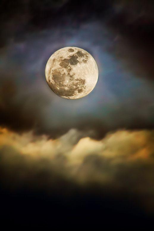 smokey moon.