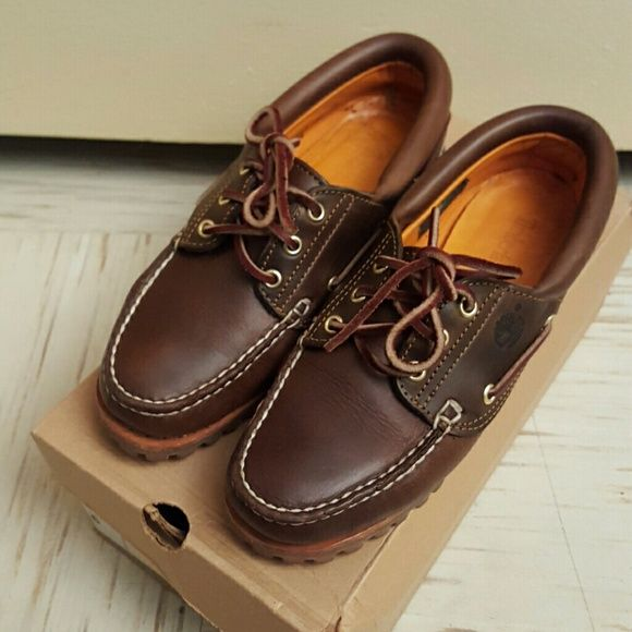 Timberland Shoes No Trades! Women's timberland Moccasins in pre-loved Condition worn but, still in very good condition! Timberland Shoes Moccasins