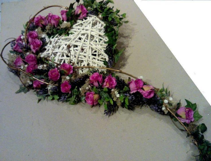 wieńce,wiązanki,dekoracje nagrobne,stroiki,florystyka funeralna - Dekoracje ślubne, dekoracje weselne, bukiety okolicznościowe,kwiaty do ślubu,bukiety okolicznościowe dekoracje ,kosze firmowe,stroiki i dekoracje świąteczne.Kwiaty Lublin