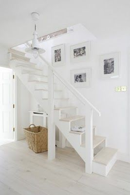If only the stairs to my basement looked so fresh + pretty!