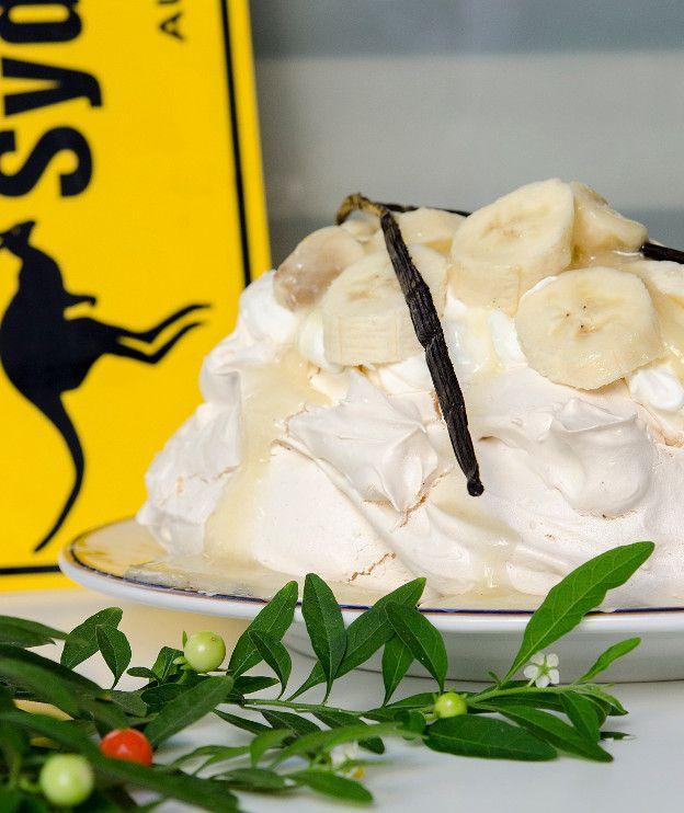 Πάβλοβα με μπανάνες