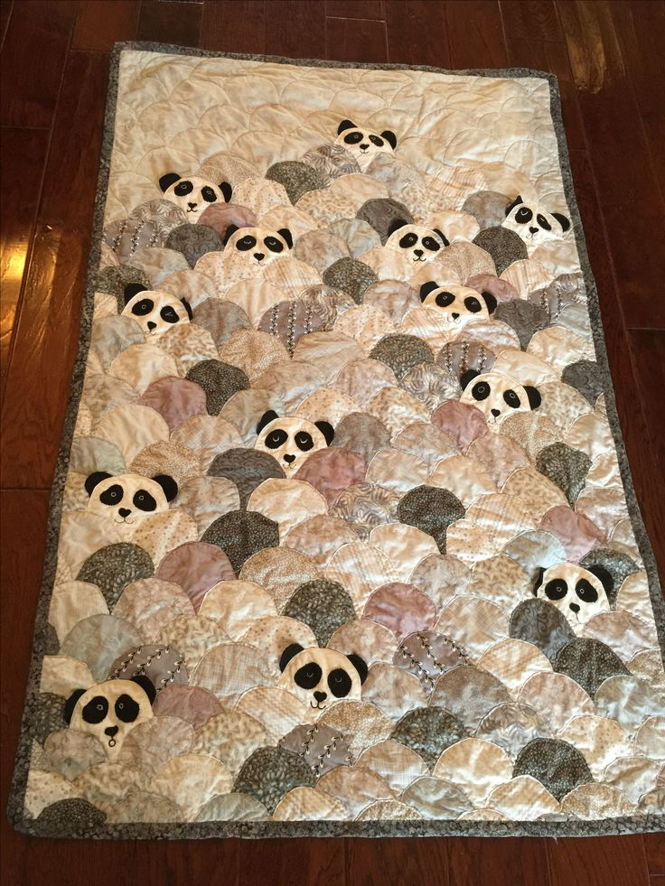 1000 Ideas About Panda Quilt On Pinterest Clamshell