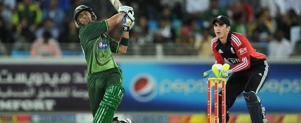 TSE Exclusive: Dav Whatmore backs Shoaib Malik for T20 captaincy