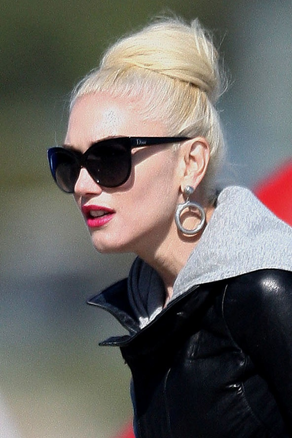bun hair style 17 best images about gwen s hair on hair 8113