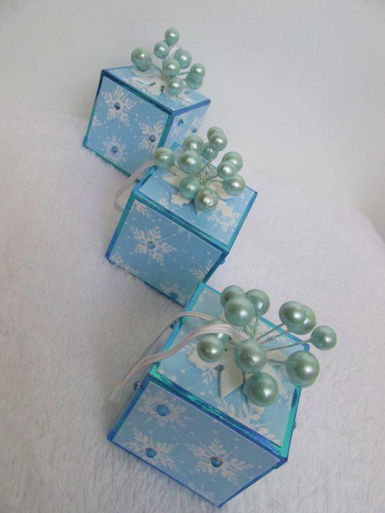 """Set ornamente pentru bradul de Craciun """"Fulgi de zapada"""""""