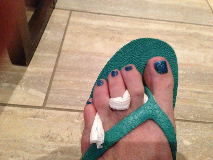 Rocking my blue nail polish and my green sandals
