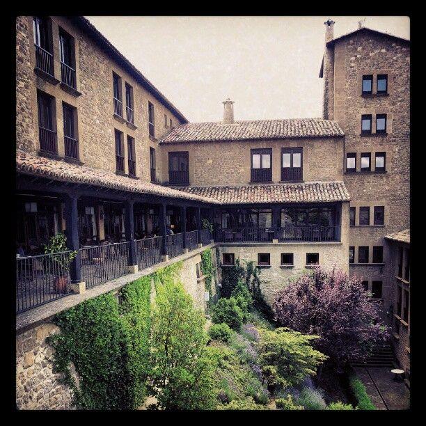 Parador de Sos del Rey Catolico en Sos del Rey Católico, Aragón #hotel #restaurante #aragon