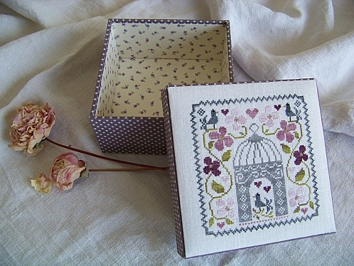 Bo te mod le isabulle cartonnage pinterest articles for Boite a couture casa