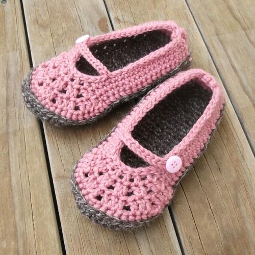 29 best Youth & Toddler Slipper Crochet Patterns images on Pinterest ...