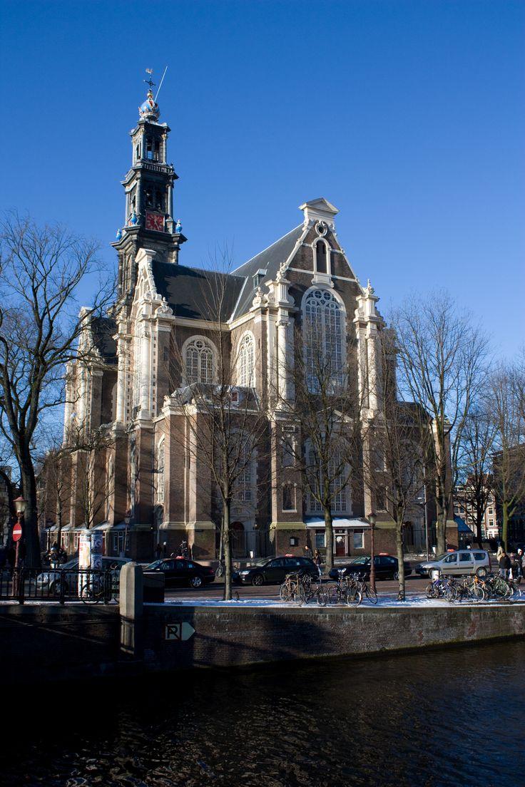 Westerkerk Amsterdam, 1620, Hendrick de Keyser, driebeukige plattegrond kan gezien worden als twee aaneengevoegde vierkanten, elk voorzien van een ingeschreven Grieks kruis.