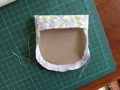 Very clever curved pocket tutorial! No more burning your fingertips as you iron here! Love it!
