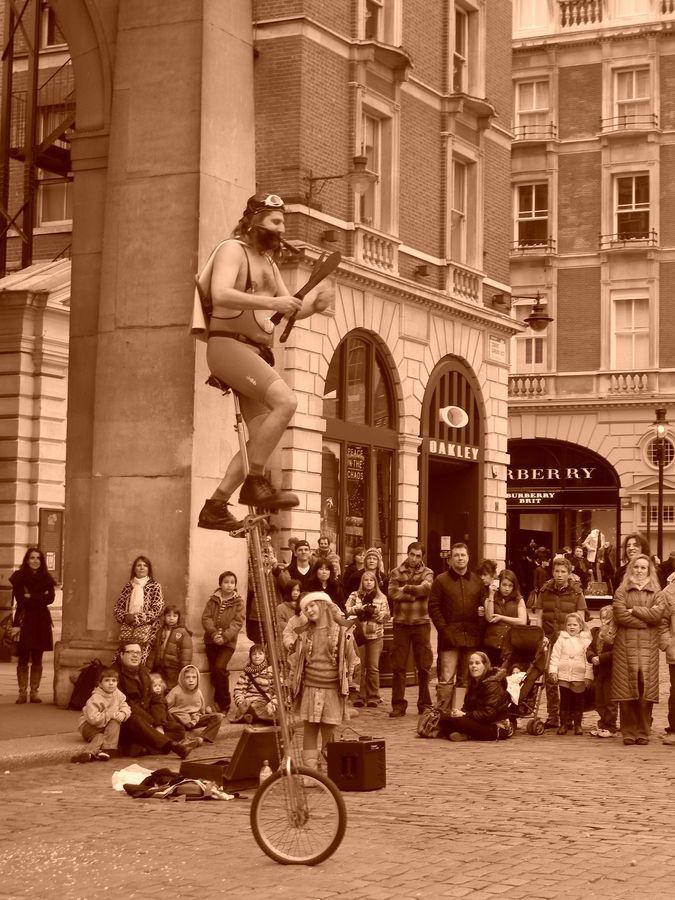 Street act London