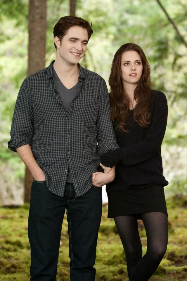 Loose sweater, skirt, sheer tights. Also would love rob pattinson on my arm.
