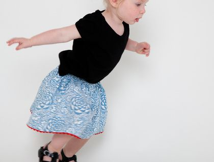 Pretty blue and red twirly skirt !