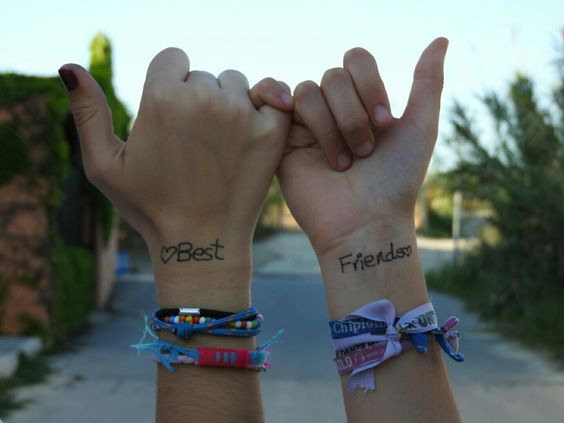 we could take this picture with the super cute bead bracelets – Fabienne Marquardt
