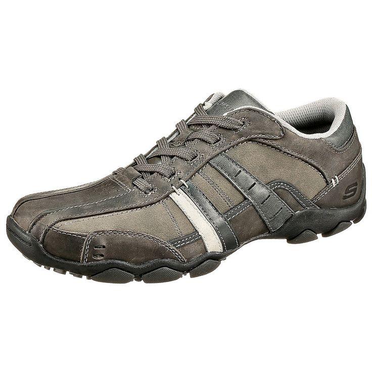 DiameterVassell Freizeit Schuhe Modell: DiameterVassell Freizeit Schuhe Marke: SKECHERS Obermaterial: Glattleder Sohle: Gummi/Synthetiksohle Absatzhöhe: 2,0 cm  Der amerikanische Schuhhersteller SKECHERS steht seit fast 20 Jahren für moderne Schuhmode, die auch bei US-Stars begehrt ist. Die Diameter Vassell Freizeit Schuhe aus Glattleder sind sportive Herrenhalbschuhe, die durch sorgfältig ve...